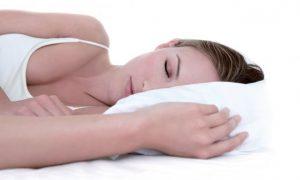 Dormir bien ayuda a regenerar la piel
